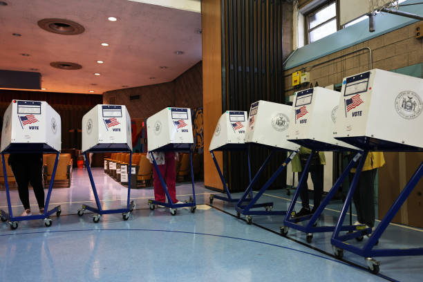 NY: New Yorkers Vote In Mayoral Primary Election