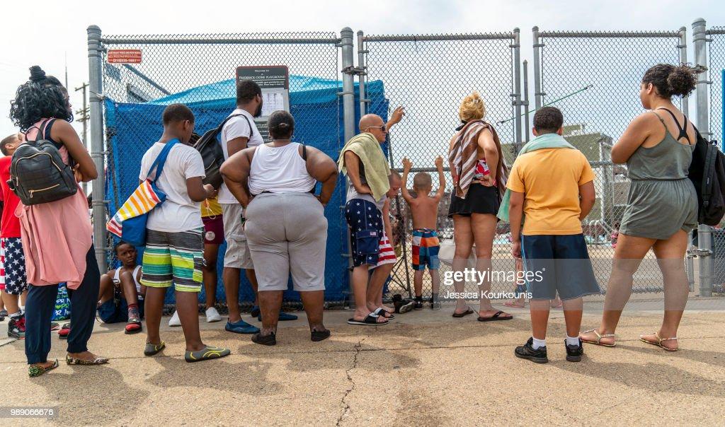 Philadelphia Swelters Amid East Coast Heatwave : News Photo
