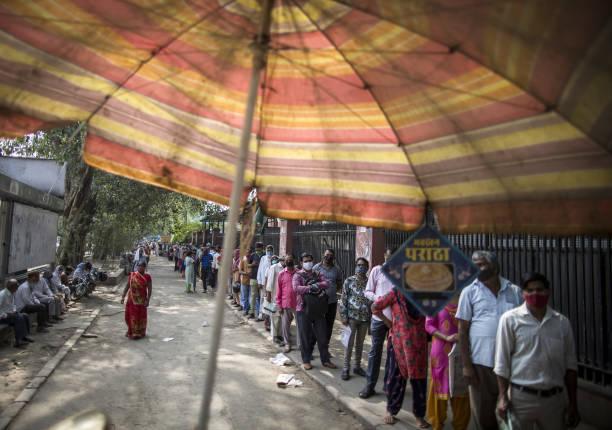 IND: Lockdown Restriction Eased in New Delhi as Virus Wave Ebbs