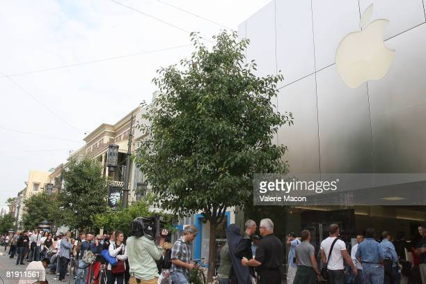 People wait outside the Apple store at The Grove to buy the new iPhone 3G July 11 2008 in Los Angeles California New iPhone buyers along with owners...