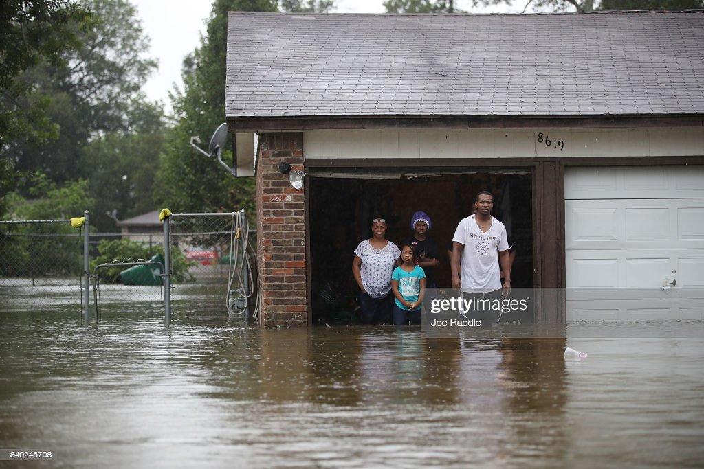 Epic Flooding Inundates Houston After Hurricane Harvey : ニュース写真