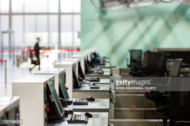 people waiting for sale - empty desk stock pictures, royalty-free photos & images