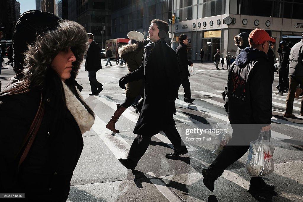 New York Gets First Frigid Blast Of Winter : News Photo