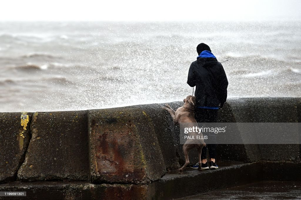 BRITAIN-EUROPE-WEATHER-STORMS : ニュース写真