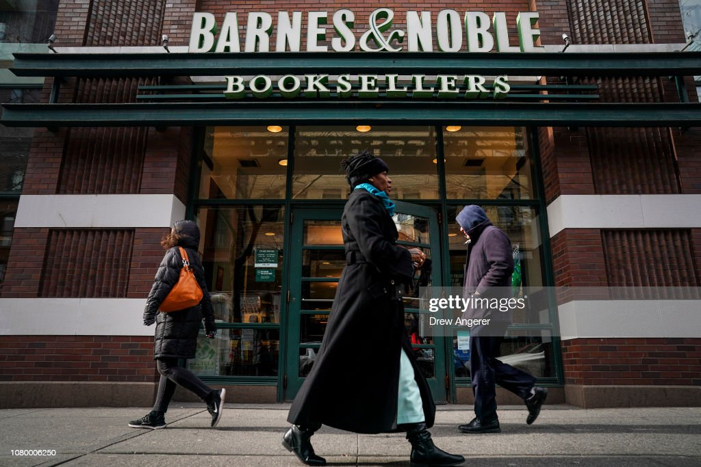 Barnes & Noble Warns Investors Of Possible 10 Percent Cut In Earnings Outlook : News Photo
