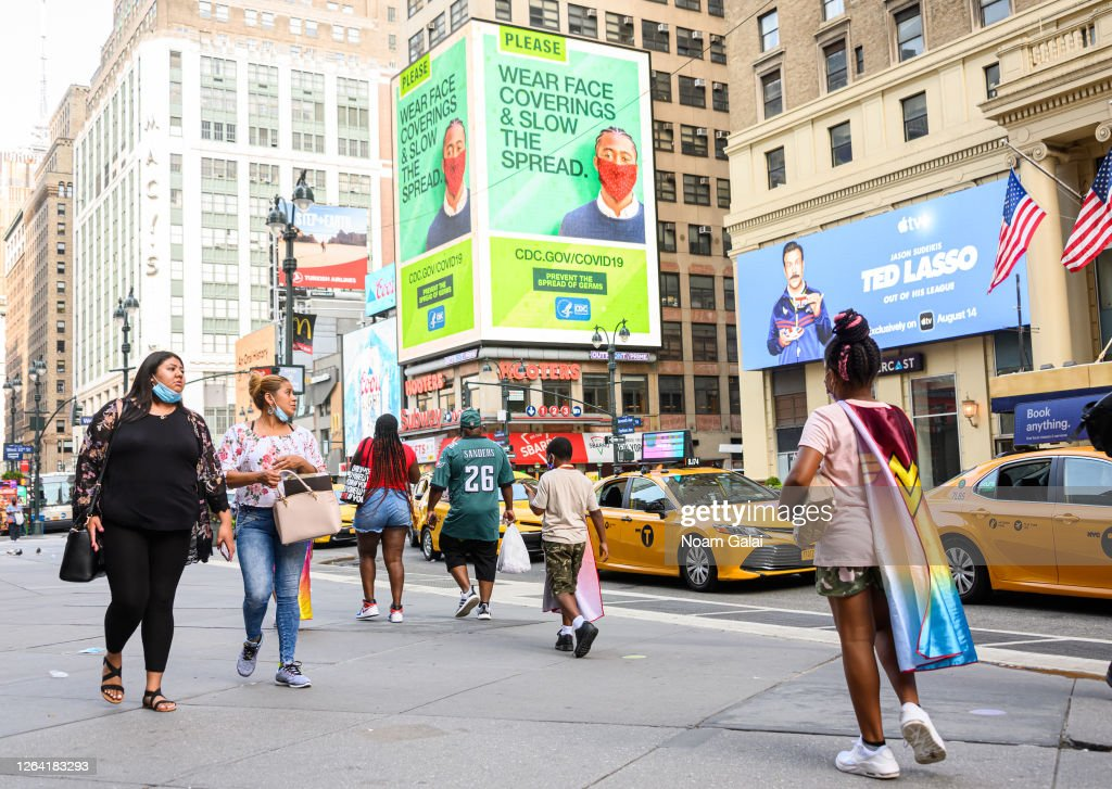 Re-opening Continues Across Densely Populated New York And New Jersey Areas : News Photo