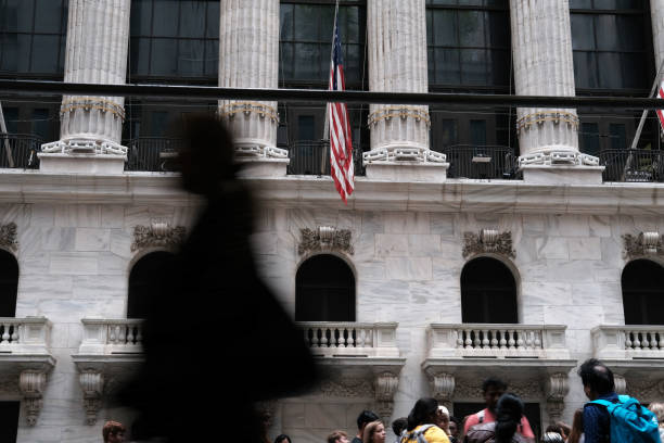 NY: Stock Markets Fall After Attack On Saudi Arabia Jacks Up Oil Prices