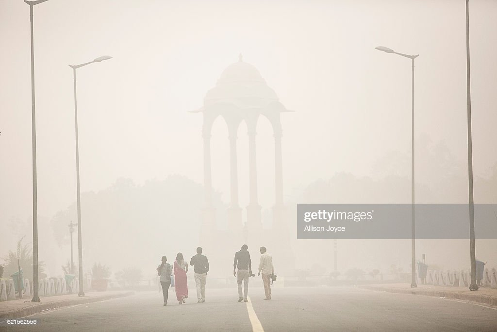Delhi Schools Close Due To Extreme Levels Of AIr Pollution : News Photo