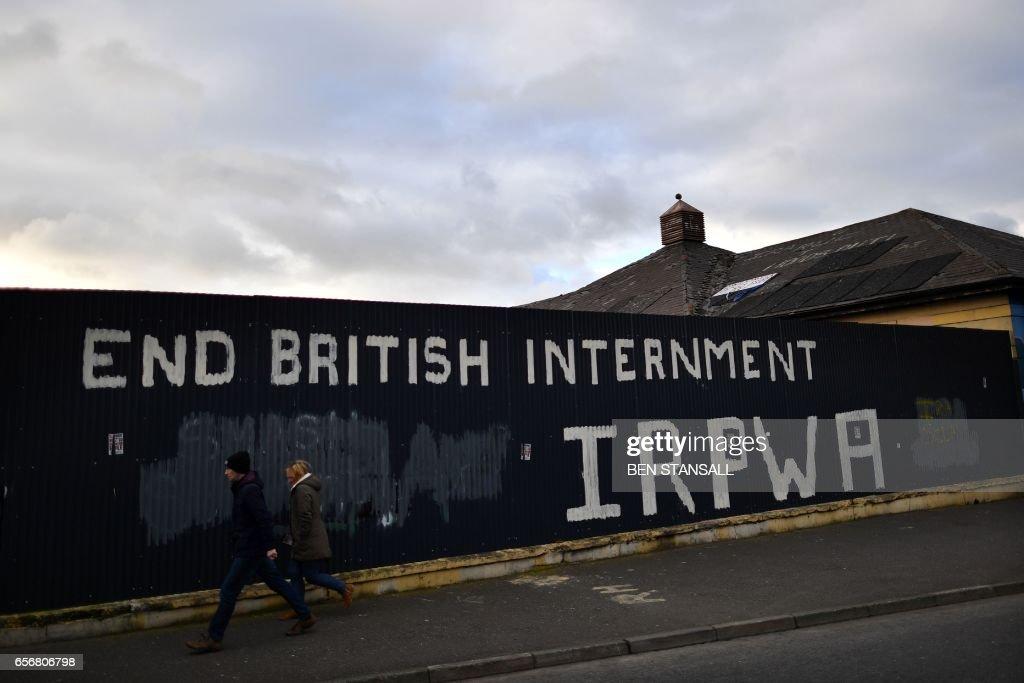 BRITAIN-NIRELAND-POLITICS-MCGUINNESS : News Photo