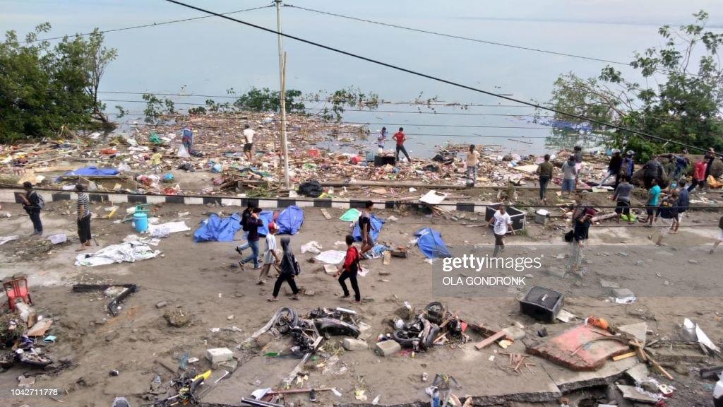 Indonesia Earthquake And Tsunami : News Photo
