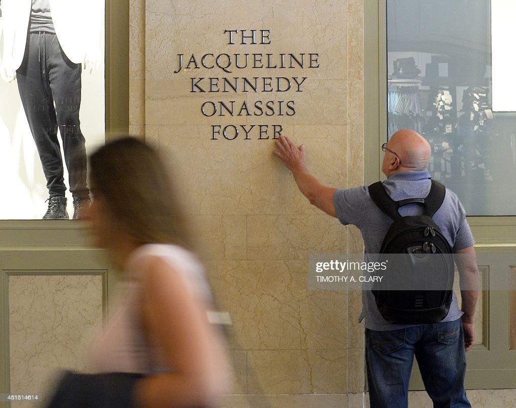 US-JACQUELINE KENNEDY ONASSIS VESTIBULE : ニュース写真
