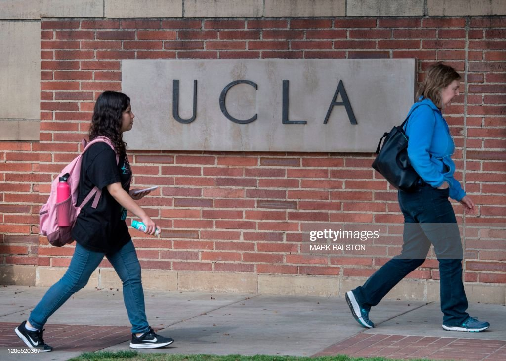 US-virus-health-epidemic-UCLA : News Photo