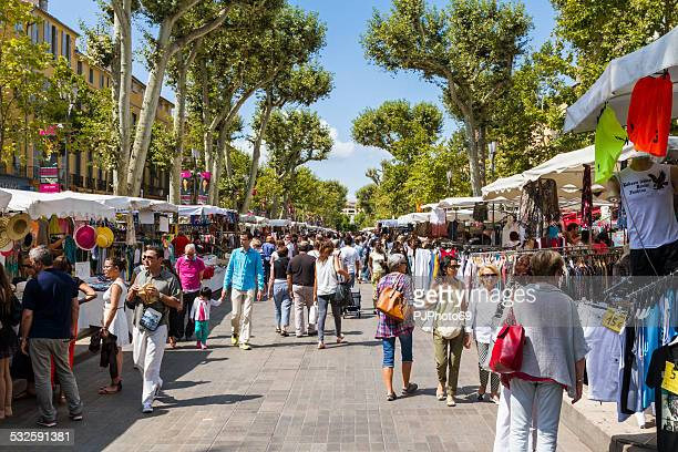 people walking on cours mirabeau - aix en provence stock pictures, royalty-free photos & images