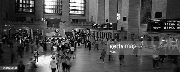 people walking through grand central station - ニューヨーク郡 ストックフォトと画像