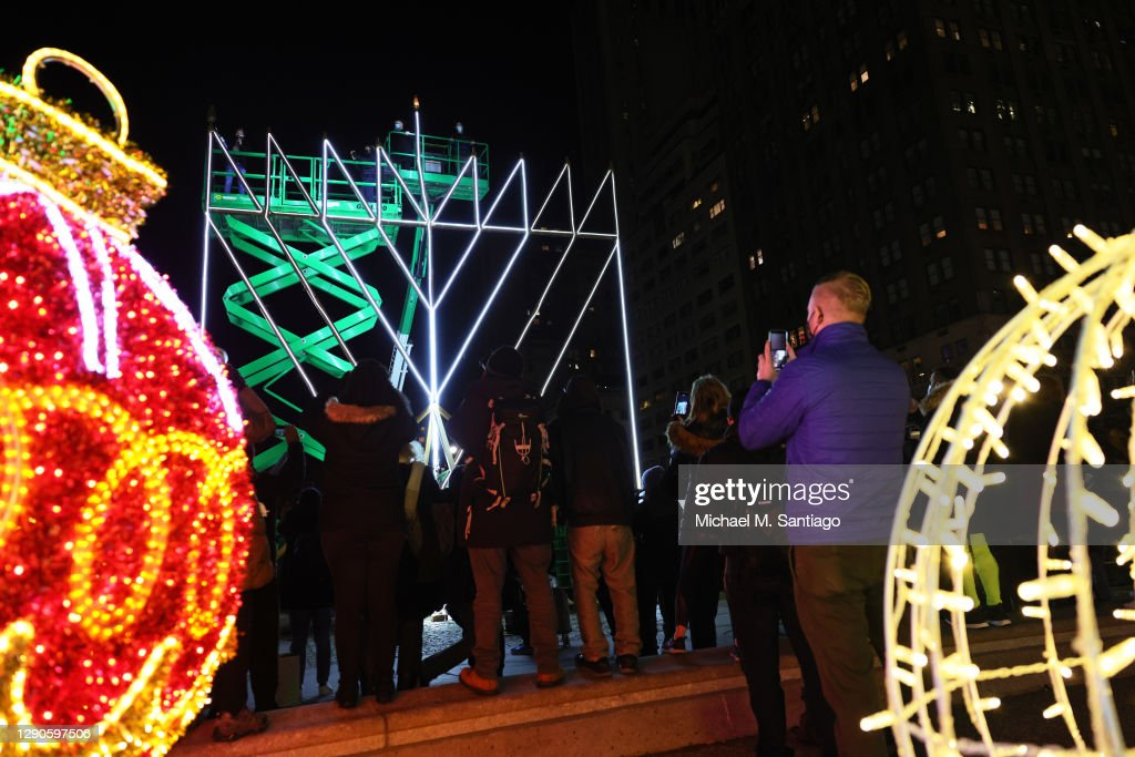 World's Largest Menorah Marks First Day Of Hanukkah In New York City : News Photo