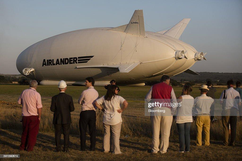 Hybrid Air Vehicles Ltd.'s Airlander 10 Hybrid Airship Performs Its First Test Flight : News Photo