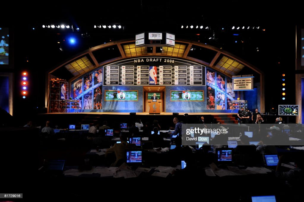 People watch during the 2008 NBA Draft at the WaMu Theatre at Madison Square Garden June 26, 2008 in New York City.