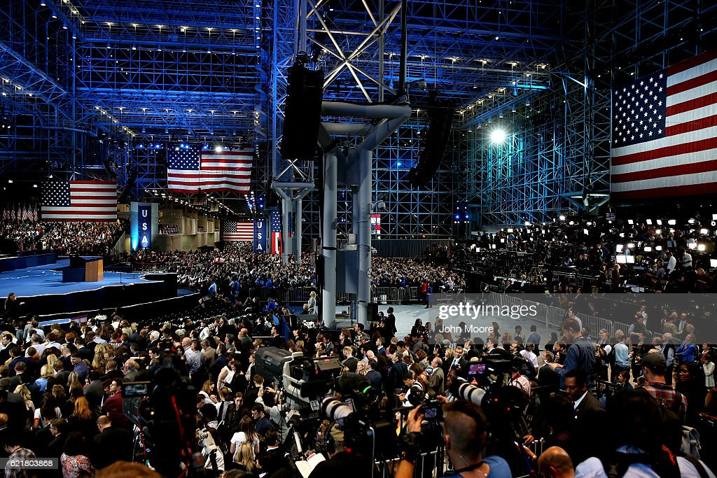 Democratic Presidential Nominee Hillary Clinton Holds Election Night Event In New York City : News Photo