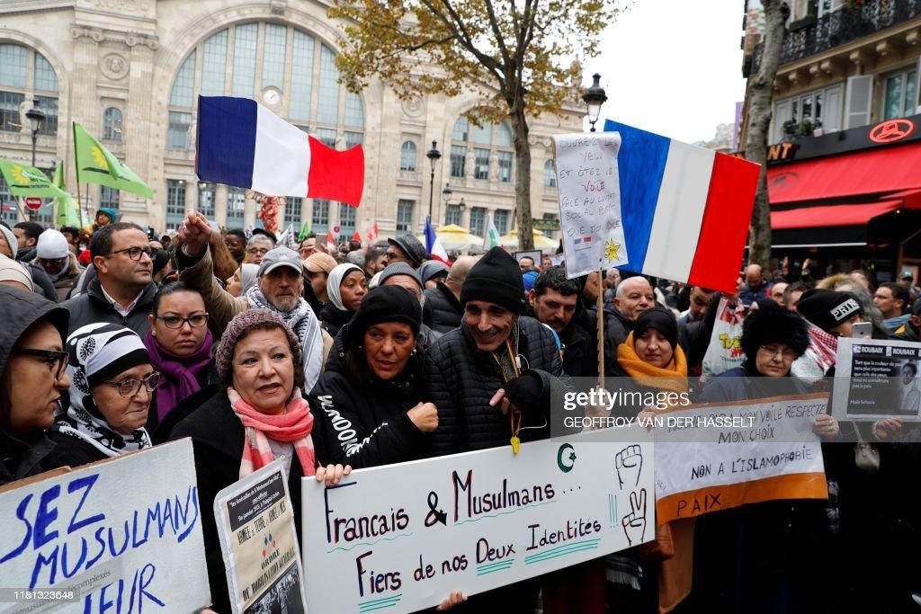 FRANCE-SOCIAL-RELIGION-ISLAM-POLITICS-DEMO : News Photo