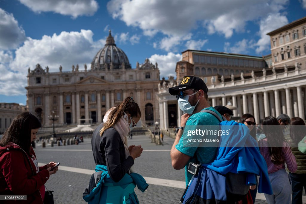 Italy Bans Public Gatherings Nationwide Over COVID-19 Worries : News Photo
