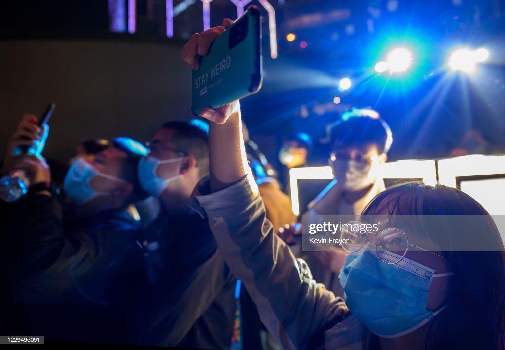 China Daily Life Amid Global Pandemic : Nieuwsfoto's