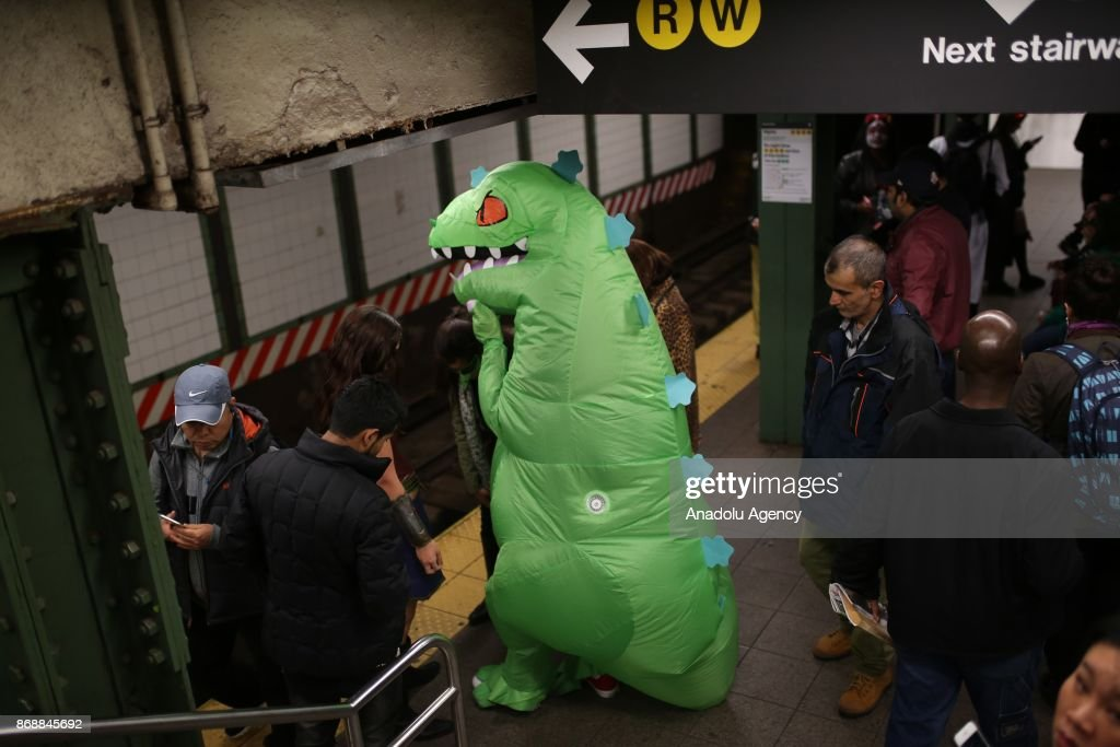 Halloween Parade in New York  sc 1 st  Getty Images & Halloween Parade in New York Pictures | Getty Images