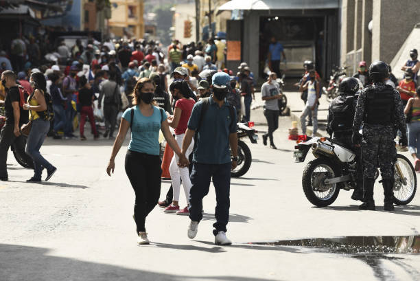 VEN: Markets Remain Open As Venezuela Tops 8,000 Coronavirus Cases
