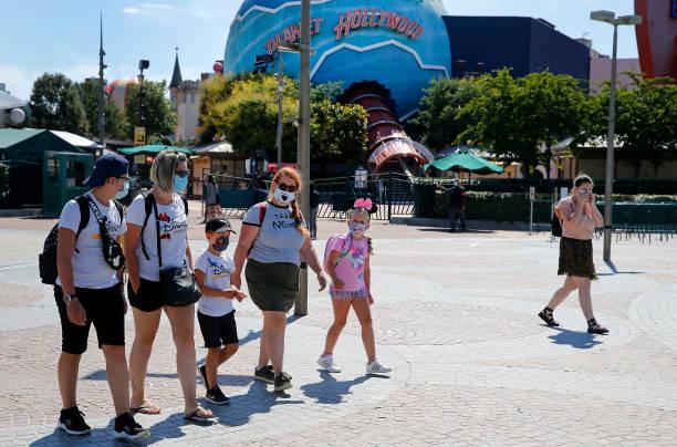 FRA: Disneyland Paris Reopens For Annual Passholders