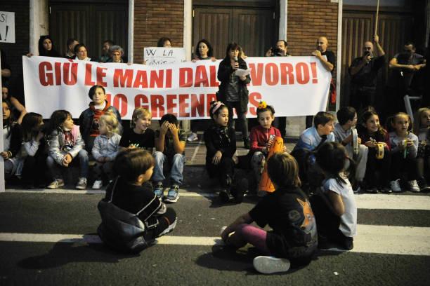 ITA: No Green Pass Demonstration In Livorno