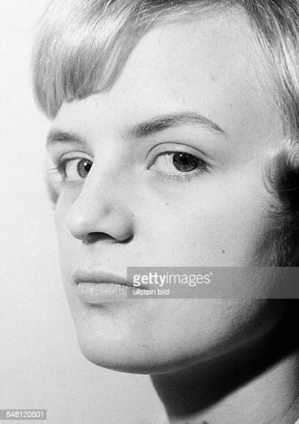 People, young girl, portrait, aged 18 to 22 years, Renate -