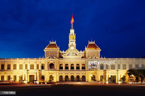 people's committee building at night - people's committee building ho chi minh city stock pictures, royalty-free photos & images