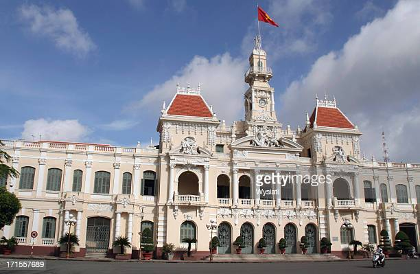 people's committee building ho chi minh city - people's committee building ho chi minh city stock pictures, royalty-free photos & images