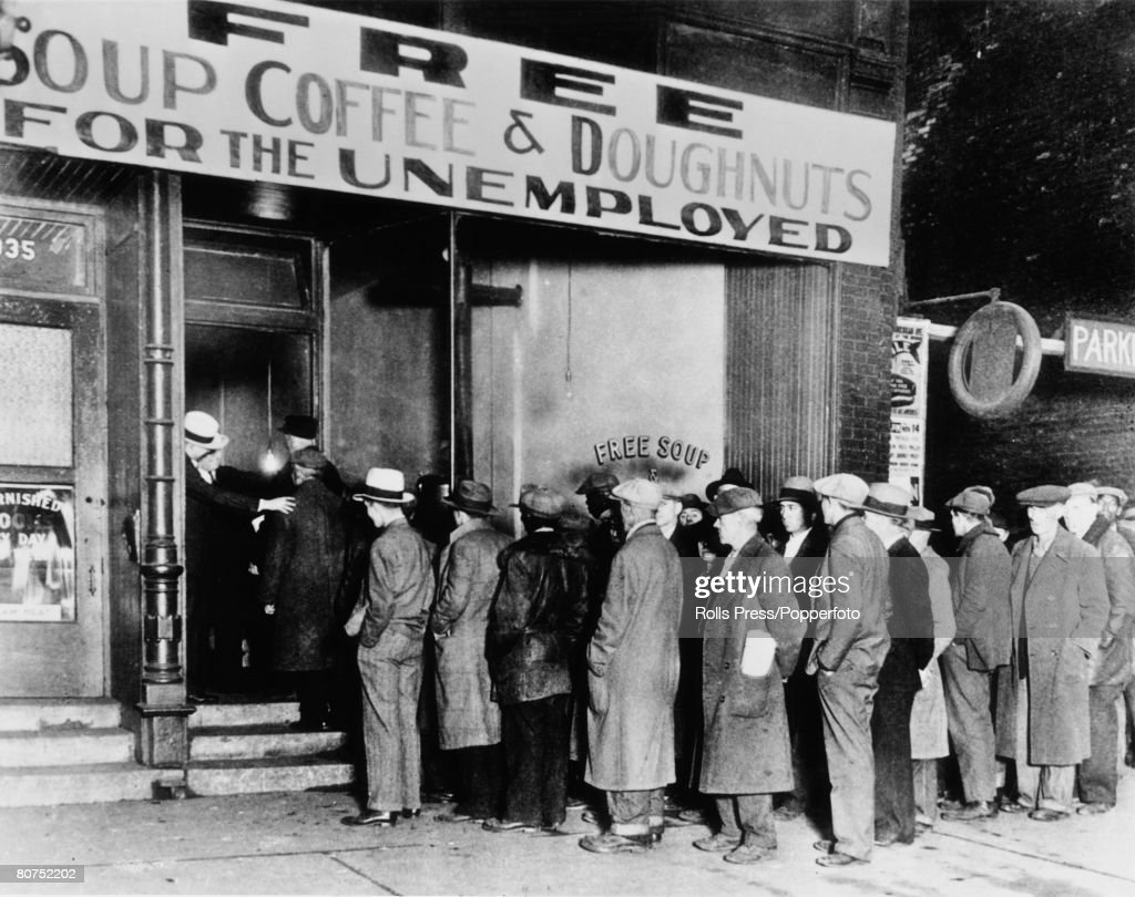 "People/The Depression 16th November 1930. A ""soup kitchen"" in Chicago, U.S.A. opened for the hungry and homeless by gangster Al Capone during the Depression. : News Photo"