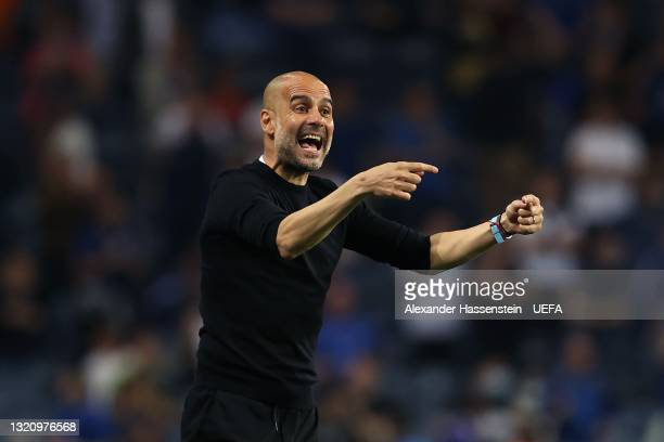 Pep Guardiola, Manager of Manchester City gives their team instructions during the UEFA Champions League Final between Manchester City and Chelsea FC...