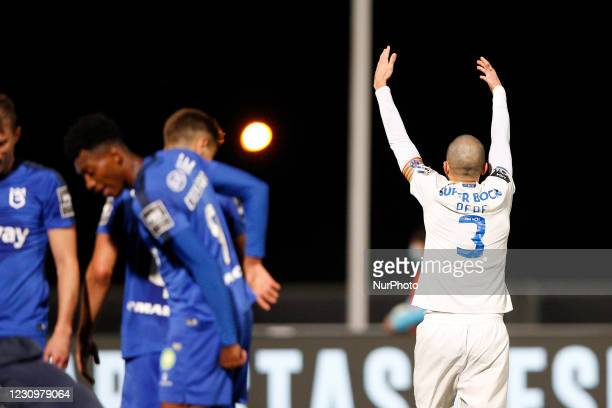 Pepe call for emergency ambulance due to serious injury of Nanu during the game for Liga NOS between Belenenses SAD and FC Porto, at Estdio Nacional,...