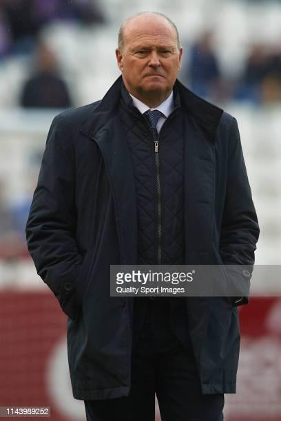 Pepe Mel Manager of UD Las Palmas looks on prior to the La Liga 123 match between Albacete Balompie and UD Las Palmas at Carlos Belmonte Stadium on...