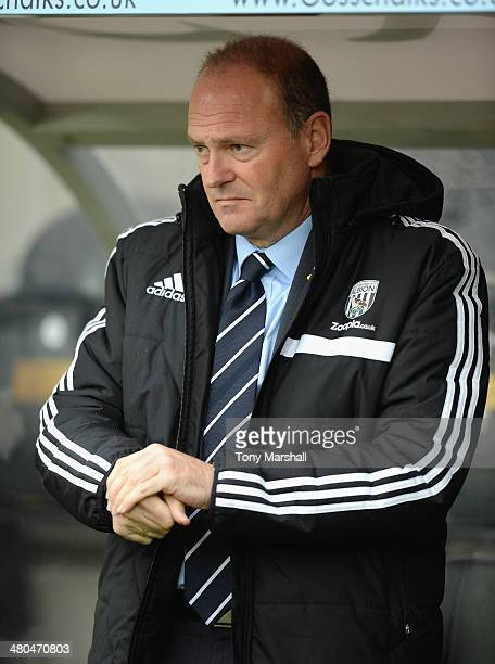 Pepe Mel Manager of West Bromwich Albion during the Barclays Premier League match between Hull City and West Bromwich Albion at KC Stadium on March...