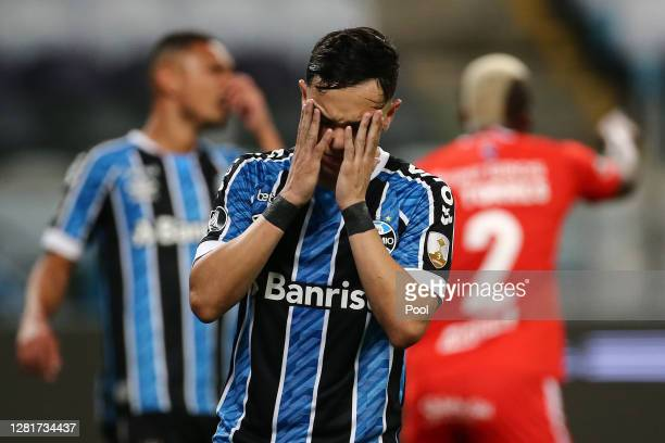 Pepe of Gremio laments during a Group E match of Copa CONMEBOL Libertadores 2020 between Gremio and América de Cali at Arena do Gremio on October 22,...