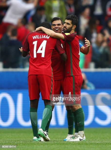 Pepe of Portugal celebrates with his team mates after the FIFA Confederations Cup Russia 2017 PlayOff for Third Place between Portugal and Mexico at...