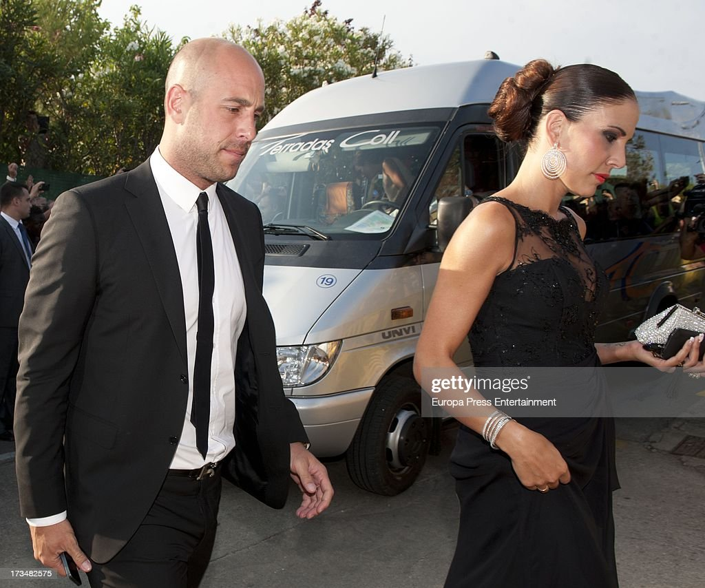 Xavi Hernandez and Nuria Canillera Wedding in Barcelona : News Photo