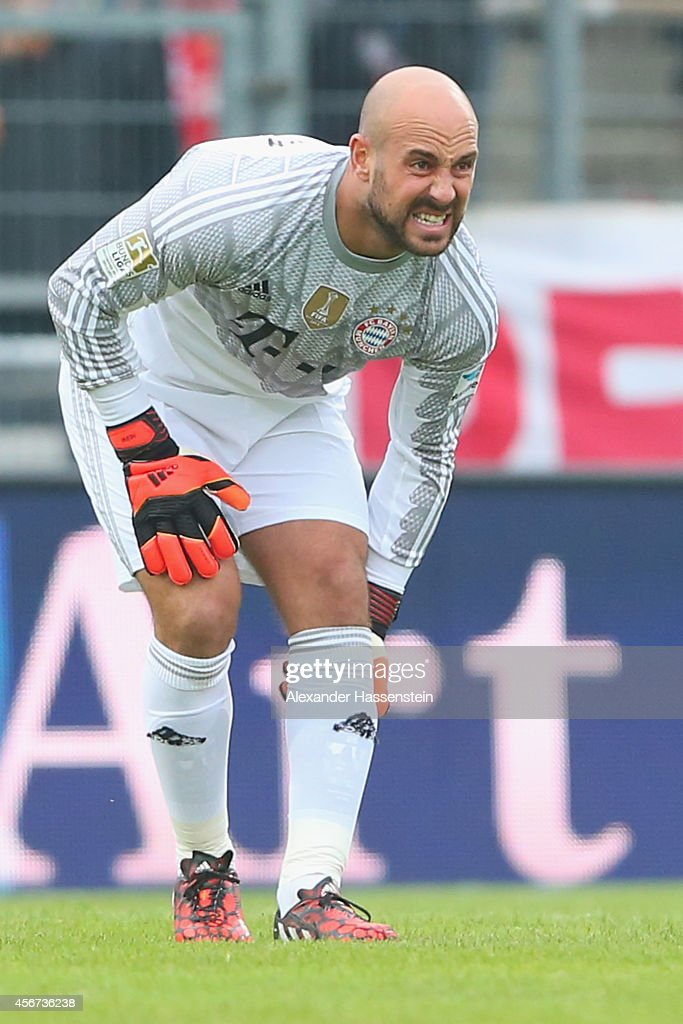 Pepe Reina, keeper of Muenchen gets injured during the Finale of the Paulaner Cup 2014 between FC Bayern Muenchen and Paulaner Traumelf at Alpenbauer Sportpark on October 6, 2014 in Unterhaching, Germany.