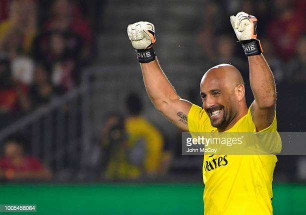 Pepe Reina of AC Milan reacts during penalty kicks against Manchester United during the International Champions Cup 2018 at StubHub Center on July 25...