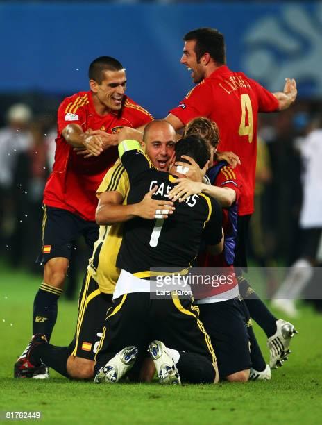 Pepe Reina of Spain hugs Iker Casillas of Spain after the UEFA EURO 2008 Final match between Germany and Spain at Ernst Happel Stadion on June 29,...