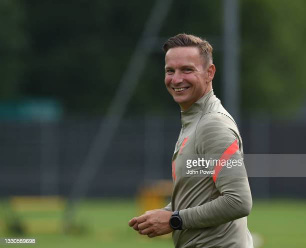 Pepijjn Lijnders of Liverpool during a training session on July 25, 2021 in UNSPECIFIED, Austria.