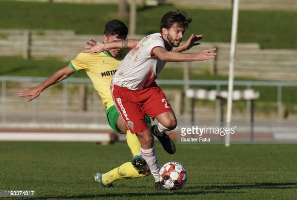Pepo of UD Vilafranquense with Nuno Tavares of CD Mafra in action during the Liga Pro match between CD Mafra and UD Vilafranquense at Estadio do...