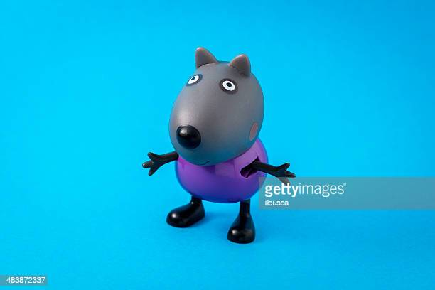peppa pig animated television series characters: danny dog - peppa pig stock pictures, royalty-free photos & images