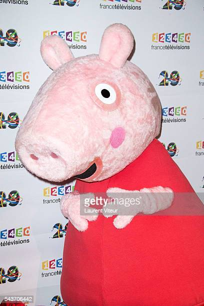 Peppa Pig attends the 'Rendezvous du 29' Photocall at France Television on June 29 2016 in Paris France
