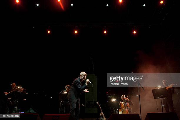 Peppe Servilli Italian actor singer and songwriter sing with Solis String Quartet during Dock of Sound in Rotonda Diaz