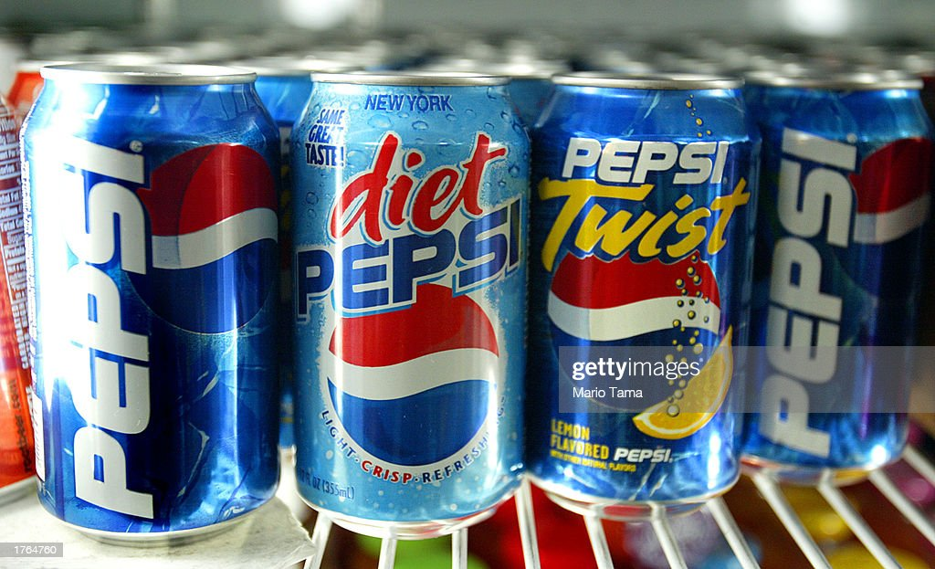 Pepsi Earnings Up In Q4 2002 : News Photo