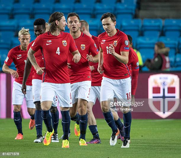 Per Ciljan Skjelbred Alexander Tettey Stefan Strandberg Even Hovland Ole Kristian Selnaes of Norway after the first goal during the FIFA 2018 World...